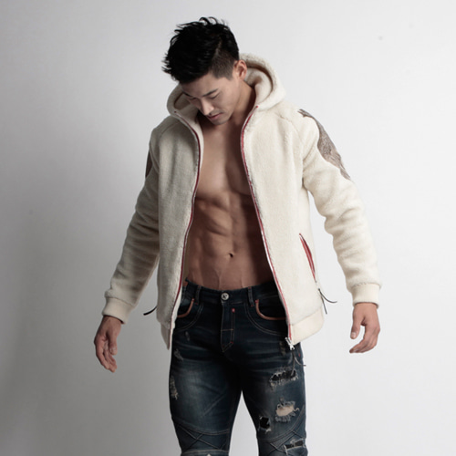 Wing_White_Fur_hoody